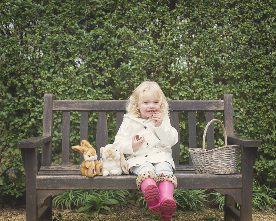 Spring location photography session for children